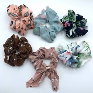 Accessories - Assorted Styles Set of 6 Hair Scrunchies Set #2